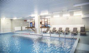 Hotelový bazén a fitcentrum